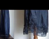 Vintage Black Half Slip, Long Slip, 80s Slip, Maxi Slip, Lace Slip, Black Lace Slip, 1980s Half Slip, XL