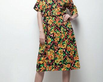 SALE bright floral vintage 70s day dress black yellow orange short sleeves knee length LARGE L