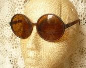 1960's Style Tortoiseshell Oversize Round Circle Sunglasses