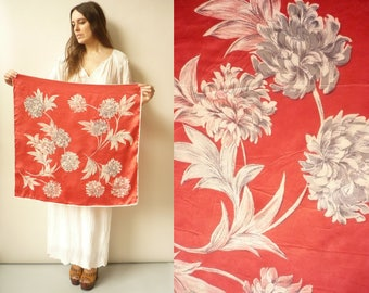 1970's Vintage Pink & Red Floral Printed Silky Satin Square Scarf