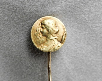 Lovely Juliette 14k Yellow Gold Stick Pin