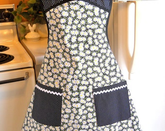 Old Fashioned Women's Apron in Black with Daisies and Polka Dots