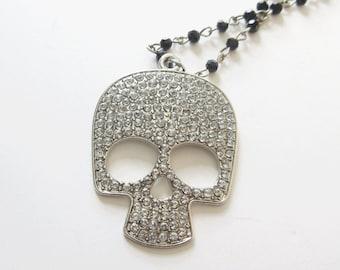 Rhinestone Skull Necklace Black Rosary Chain with Rhinestone Skull Pendant Skull Bling Necklace