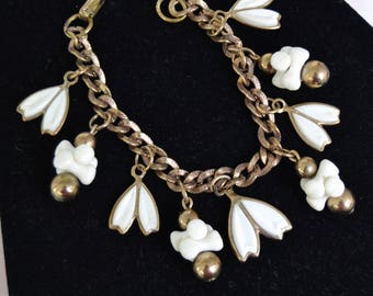 Vintage Bracelet with White Plastic Beads and Gold Metal Chain and Beads
