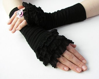 Mittens / Armwarmers / Gloves with Flounce Black