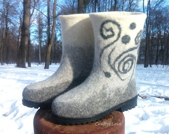 White gray wedding boots, felted winter wedding boots, Wet felted boots, outdoor, women