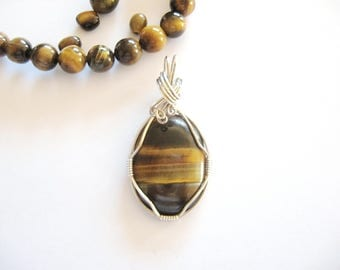 Tiger Eye Necklace, Tigers Eye Pendant, Tiger Eye Jewelry, Gold Tiger Eye, Tiger Eye in Sterling Silver,Silver Necklace,Tiger Eye and Silver