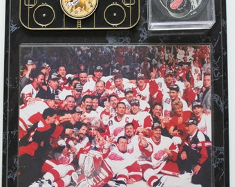 Vintage Detroit Red Wings Champions Wall Plaque 1997