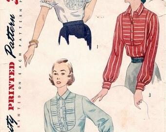 Sweet Vintage 1950s Simplicity 3660 Yoke Front Blouse in 3 Styles Sewing Pattern B34