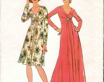 Fab Vintage 1970s Simplicity 6563 High Waisted Gathered Detail Day or Evening Maxi Dress Sewing Pattern B32.5