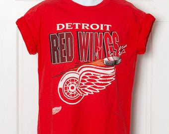 90s Detroit RED WINGS Hockey Tshirt - Medium