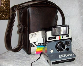 Vintage Polaroid Land 'The Button' Camera w/ Removable Q Light Flash & Carrying Case Only 30 USD