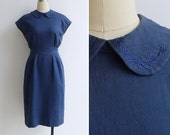 Vintage 80's Embroidered Peter Pan Collar Navy Wiggle Pencil Dress S or M