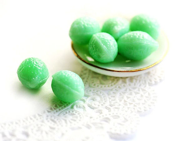 Mint green Lemon beads, Czech Glass pressed beads, lime green, fruit, kids DIY jewelry making - 14x10mm - 8Pc - 1036