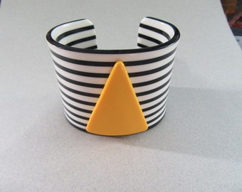 Fab 1980's Lucite Cuff Bracelet For Small Wrist OLD STOCK Black and White Striped Yellow Triangle Vintage Costume Jewelry