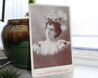 Antique Photograph Victorian Woman with Large Fancy Hat 1800s Cabinet Card