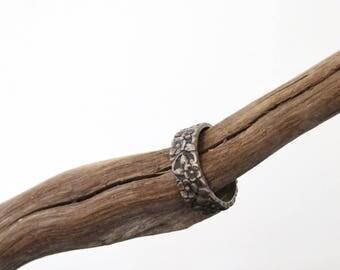 Vintage Sterling Ring Silver Floral Repousse Band Art Nouveau Ring Size 5.5