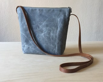 Shoulder Bag in Grey Waxed Canvas - Cross Body Purse