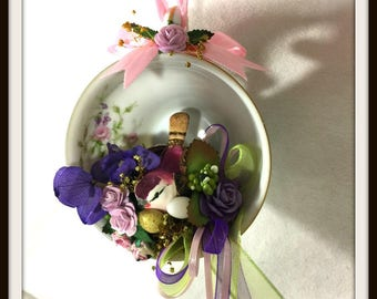 Tea Cup Floral Arrangement, Hanging Floral Design, Small floral design, Cottage Chic, Birds Nest in a Tea Cup, Mother's Day Gift