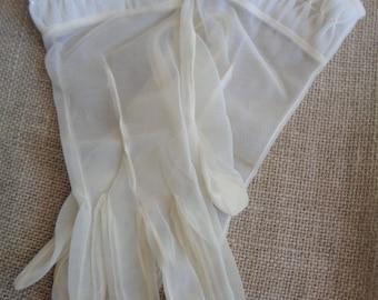 Vintage Sheer Gloves Size 7 Smocked Off White Nylon 1950s
