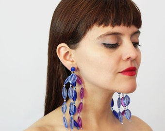 vintage 60s chandelier earrings / 1960s statement earrings / large shoulder duster earrings / clip on / purple blue beaded earrings