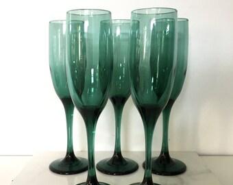 Vintage Green Glass Champagne Glass Set / Set of 5 Champagne Glasses / Emerald Green Glass / Set / Champagne Glasses