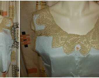 DEADSTOCK Vintage 1930s Lingerie Top Silk Lace NWT Flapper Lingerie Unworn Light Blue Tan Lace Slip NOS Teddy M L chest to 42 in