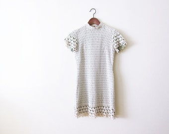 60s Dress / Vintage 1960s Lace Dress / 60s Mini Dress / Mod Twiggy / Spring Green Crochet Lace Dress XS