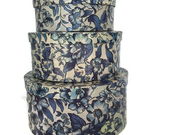 Vintage Nesting Hat Box Collection Set of 3 in Blue and White Toile Shabby Cottage Chic Decor and Storage