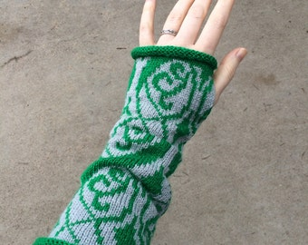 Wizard Houses, Waving Brocade Pattern Knitted Arm Warmers- Slytherin, Green & Grey