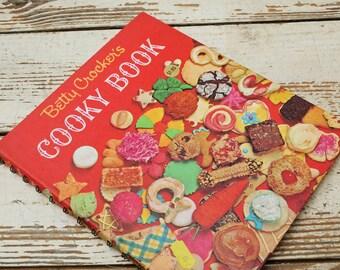 1963 Betty Crocker's Cooky Book