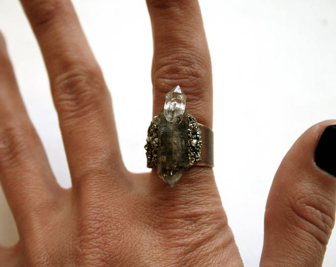 Tibetan Quartz Crystal Twin Ring // Terminated Crystal Adjustable Statement Ring // Crystal Cluster Ring with Pyrite