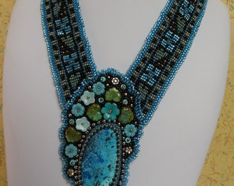 SALE, Beautiful Schattuckite Cabochon, A Garden of Turquoise Flower Beads and Leaves, Bead Woven Floral Collar Bands, Collar Necklace