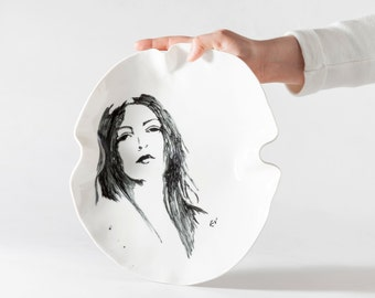 THE PORTRAITS NETWORK - Porcelain plate