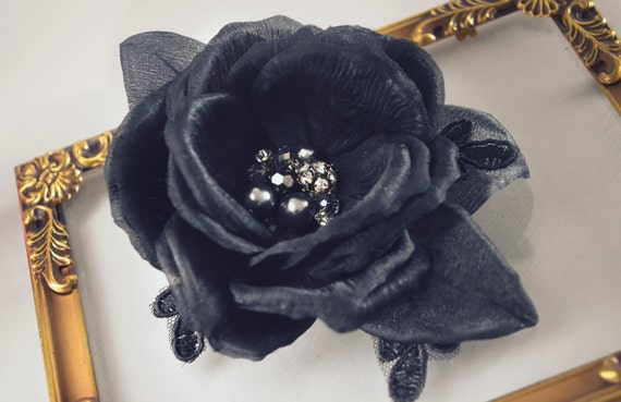 Black Rose Hair Clip - Hair Flowers - Floral Hairpiece - Vintage Style - Art deco - Gothic Fascinator - Black Bridal Accessories - Pin Up -