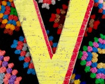 Vintage Carnival Letter V Abbreviation Alphabet Name Plaque Primitive Wood Rustic Chippy Sign Anagram Violet Valentine Velvet