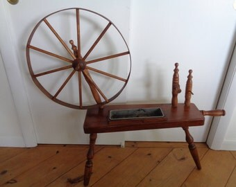 Vintage 1960's  Spinning Wheel Planter, Indoor planter,Country Planter,Country Spinning Wheel.Rustic Planter, Primative Spinning Wheel