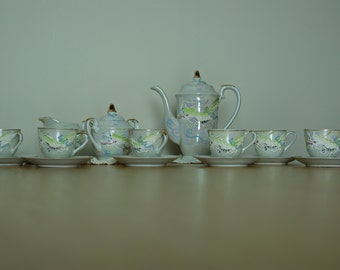Dragonware Moriage Japanese Full Teaset  | Vintage 1940's | Excellent Condition | Teapot, creamer, sugar pot, teacups and saucers