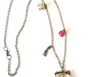 A cat with her birdie,Cat necklace, cat pendant, kitty necklace,kitty pendant, cat jewellery, cat accessories, cat lady,