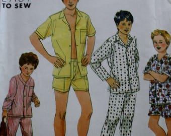 Simplicity 9952 /Boys Pajamas Sewing Pattern/Multiple Sizes / UNCUT