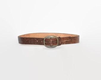 Vintage 70s Tooled Leather BELT / 1970s Mountain Scene Deer Brown Leather Brass Buckle Belt