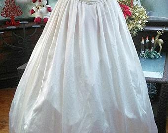 handmade Vintage 1960 wedding dress hooped underskirt soft satin nottingham lace bodice with matching lace bolero jacket uk size8  usa size6