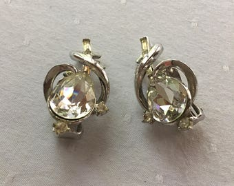 Trifari Clear Crystal Rhinestone Teardrop Clip-on Earrings 1940's