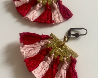 Raspberry tassels earrings