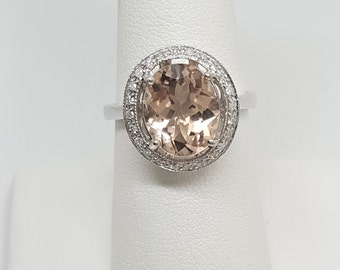 3.35ctw Morganite with Diamond Halo 10kt White Gold Ring Size 8