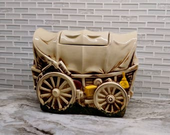 1950s McCoy Cookie Wagon cookie jar, McCoy Wagon cookie jar, excellent condition, wagon, western cookie jar