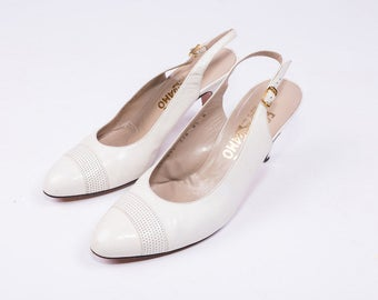 SALVATORE FERRAGAMO White Leather Slingback Heels