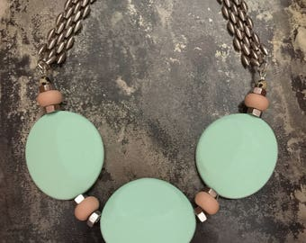 Chunky mint necklace, mint silicone bedas, big beaded necklace,  light turquoise beads necklace, silver mint necklace, nulika
