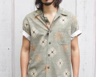 Vintage Consensus Green Ornate Pattern S/S Button Front Shirt