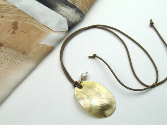 Mother of Pearl Pendant Necklace in Beige Cord with Baroque Pearl Charm